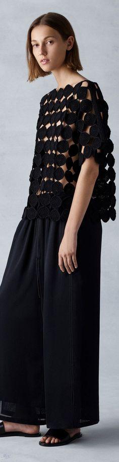 15 Best Ideas for crochet top summer fabrics Mode Crochet, Crochet Lace, Diy Kleidung, Crochet Circles, Crochet Woman, Crochet Cardigan, Beautiful Crochet, Mode Inspiration, Lace Tops