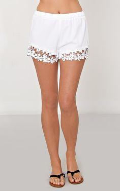 Daisy Fields Woven Shorts