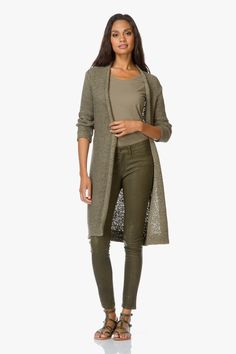 Shop the look - Ton-sur-ton styling (pagina Grey Fashion, Autumn Fashion, Womens Fashion, Classy Outfits, Casual Outfits, What To Wear Today, How To Wear, Basic Style, My Style