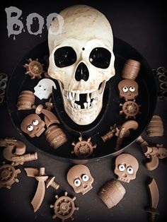 Skull Candy - these pirate themed chocolates couldn't be easier to make for Halloween!