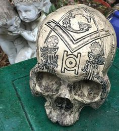Product Description This is a masterfully carved, high quality resin replica Masonic skull. Don't let the fact that it is resin fool you, this is a solid, heavy