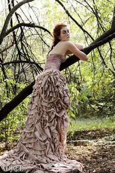 Ph. Marcella Rallo Fashion Designer: Catia Giorgini Mua/Hair: Elena Gentile Model: Katie@Beyond Models Milano