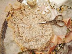 ドールポーチ - イギリスとフランスのアンティーク   バラと天使のアンティーク   Eglantyne(エグランティーヌ)