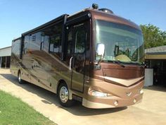 2008 Used Fleetwood Providence 39R Class A in Texas TX.Recreational Vehicle, rv, 2008 Fleetwood Providence 39R, This is a 2008 Fleetwood Providence 39R Diesel Pusher that is 39 feet long. It has THREE Slide-Outs w/awnings, 6-Speed Allison transmission, 360hp Cummins engine on a Freightliner custom chassis, 43K Miles, 50 Amp service, Electric automatic leveling jacks, Cab fans, Window awnings, Power patio shade and door awning, Onan 8000 generator w/327 HRS , Ladder-to-Roof, Flexsteel power…