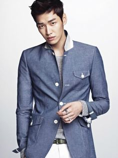 Kim Young-kwang joins Good Doctor by javabeans | June 24, 2013