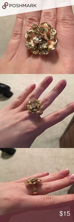 NEVER WORN Floral Ring - forever 21 NEVER WORN! Forever 21 Floral statement ring! Size 7 Jewelry Rings