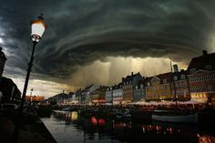 Incredible storm 'Bodil' reaches Denmark.