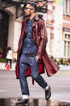 Shop this look on Lookastic:  http://lookastic.com/men/looks/denim-jacket-trenchcoat-crew-neck-t-shirt-jeans-chelsea-boots/8750  — Navy Denim Jacket  — Burgundy Trenchcoat  — Black and White Polka Dot Crew-neck T-shirt  — Navy Jeans  — Black Leather Chelsea Boots