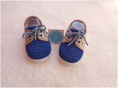 Mocasines *Gabriel* Tejidos a Crochet / paso a paso / 0 a 3 meses Learn the fact (generic term) of h Crochet Baby Clothes Boy, Crochet Baby Booties, Crochet Basics, Crochet Stitches, Knit Crochet, Knitting Patterns, Baby Patterns, Crochet Patterns, Crochet Supplies