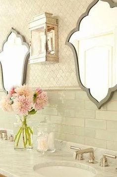 Для тех, кто хочет меньше цвета, но стремится к оригинальности: Для тех, кто боится передумать - временные решения - шторки: Фото: pinterest.com