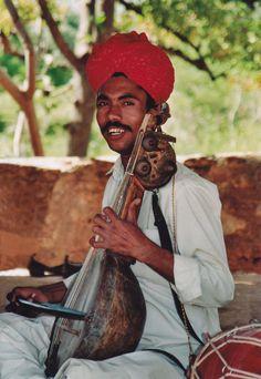 https://flic.kr/p/8nKmzG | Untitled | Shilpgram, Rajasthan, India