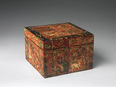 """Box decorated with auspicious symbols,19th century. Joseon dynasty (1392–1910). Korea. The Metropolitan Museum of Art, New York. Gift of Florence and Herbert Irving, 2015 (2015.500.3.6a, b) 