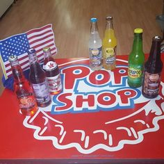 Happy 4th of July Weekend from the North Market Pop Shop!  Stopby and grab a mix of our newest selections from Boots Beverages and Buckeye State Scarlet Soda and returning favorites of Caruso's blood orange and Kickapoo Joy Juice. We are close to Baker Park in downtown Frederick so avoid the traffic after the fireworks and get a float or milkshake! Vegan and gluten free options available #popshop #frederickmd #4thofjuly #sodafloats #openonmonday