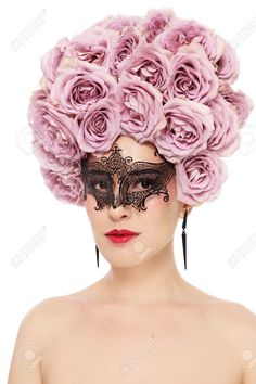 29820791-Portrait-of-young-beautiful-woman-with-fancy-flower-wig-and-venetian-mask-over-white--Stock-Photo.jpg (866×1300)