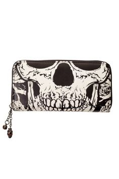Banned Apparel Gothic Death Skull Face Glow in the Dark Zip Around Wallet Crane, Emo, Wallets For Girls, Skull Purse, Tattoo Clothing, Studded Purse, Branded Wallets, Skull Face, Black Skulls