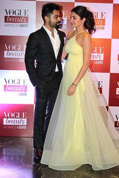 Anushka Sharma and Virat Kohli's first red carpet moment Bollywood Couples, Bollywood Stars, Bollywood Celebrities, Bollywood Fashion, Bollywood Actress, Anushka Sharma Virat Kohli, Virat And Anushka, Celebrity Outfits, Celebrity Couples