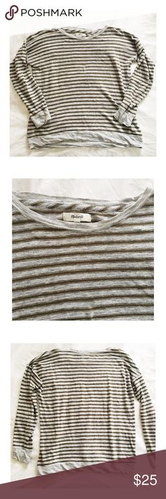 Madewell Top Madewell Striped Top. Sz. XS. Very cute, no stains or tears. Madewell Tops