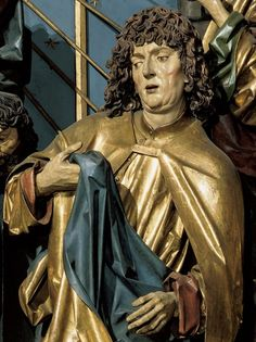 A figure from Veit Stoss's altarpiece at St Mary's in Kraków. Photograph by Achim Bunz