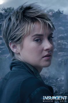 Deep breath… The Divergent Series: did you see the Insurgent exclusive teaser trailer? It's amazing, can't wait till the movie!