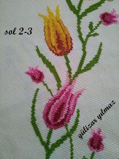 This Pin was discovered by Ayf Cross Stitch Flowers, Cross Stitch Patterns, Tulips Flowers, Bargello, Projects To Try, Arts And Crafts, Embroidery, Appliques, Bath Towels & Washcloths