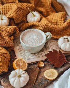 Autumn Cozy, Autumn Fall, Vsco Film, Camera Raw, Autumn Aesthetic, Autumn Photography, Fall Pictures, Drinking Tea, Fall Halloween