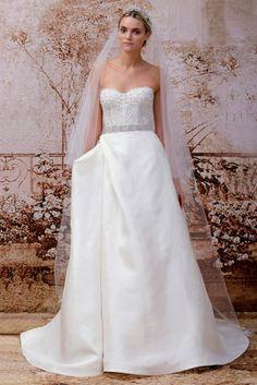 Tendências #Noivas 2014 - corpete romântico em coração  Monique Lhuiller #casarcomgosto