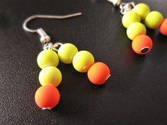 Boucle d'oreilles party orange fluorescent de la boutique TheAsaliahShop sur Etsy