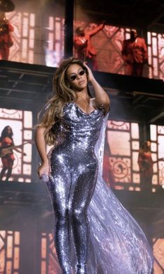 On the run tour/ Santa Clara, Califórnia Estilo Beyonce, Beyonce Style, Beyonce Knowles Carter, Beyonce And Jay Z, Divas, Destiny's Child, Elisabeth Ii, Stage Outfits, Queen B