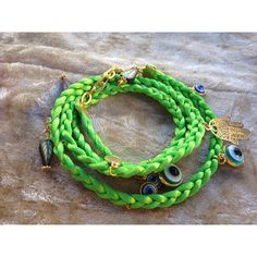 Handmade bracelet available in different colors....