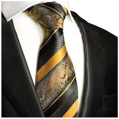 Black Gold Fashion Extra Long Baked Apple and Black Silk Tie Set by Paul Malone - Extra Long Tie x Paul Malone Silk Tie Set, including Silk Necktie and Pocket Square. Hand made of pure silk, jacquard woven. Sharp Dressed Man, Well Dressed Men, Style Gentleman, Moda Men, Extra Long Ties, Style Masculin, Tie And Pocket Square, Pocket Squares, Tie Set