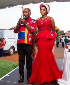 We have the latest Swazi Dress designs from various designers in South African and Swaziland. The Latest Swazi Traditional Attire in South African. African Wedding Attire, African Attire, African Dress, African Weddings, African Wear, African Style, African Women, Zulu Traditional Wedding Dresses, African Traditional Dresses