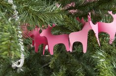Pink reindeer garland. Perfect for a Lilly Christmas tree! #lillyholiday