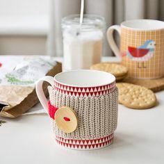 SnapWidget | Winter is coming ❄ L'inverno sta arrivando #uncinetto #crochet #tea #mug #mugcozy #red #cupoftea