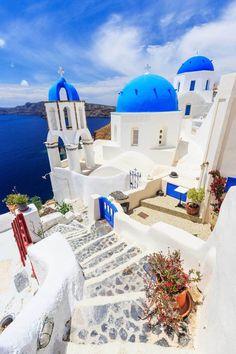 19 Beautiful Greek Islands You Should Visit – Santorini Santorini Travel, Greece Travel, Oia Santorini, Santorini Honeymoon, Greece Honeymoon, Best Places In Greece, Best Places In Europe, Things To Do In Santorini, Photos Voyages