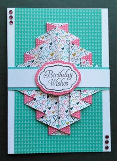 http://iced-images.blogspot.co.uk/2016/05/double-pleated-card.html. patterned piece 5x10 score 1 then 1/2 all across
