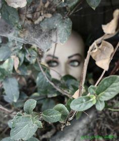 #MannequinHead #Eyes @Bushes