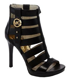 Welcome to our fashion Michael Kors outlet online store, we provide the latest styles Michael Kors handhags and fashion design Michael Kors purses for you. High quality Michael Kors handbags will make you amazed. Pretty Shoes, Beautiful Shoes, Cute Shoes, Me Too Shoes, Michael Kors Outlet, Handbags Michael Kors, Michael Kors Shoes, Mk Handbags, Ladies Handbags