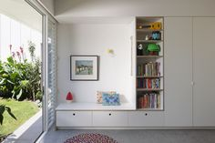 Melbourne-based architecture and interior design practice engaged in projects large and small, with a particular interest in housing and projects that nurture community. Study Room Design, Kids Room Design, Built In Furniture, Plywood Furniture, Modern Furniture, Furniture Design, Gable House, Bookcase Shelves, Toy Rooms