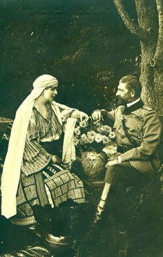Queen Maria of Romania (Princess Maria of Edinburgh) and your husband King Ferdinand I da Romania. Romanian Royal Family, Imperial Russia, Portraits, Royal House, Queen Mary, Royal Weddings, Kaiser, Ferdinand, Vintage Images