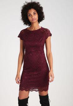 Vêtements ONLY ONLSHIRA - Robe de soirée - port royale violet foncé: 39,95 € chez Zalando (au 04/02/18). Livraison et retours gratuits et service client gratuit au 0800 915 207.