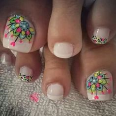 uñas pies French Pedicure, Pedicure Nail Art, Toe Nail Art, Mani Pedi, Pretty Pedicures, Pretty Nails, Summer Toe Nails, Spring Nails, Hello Nails