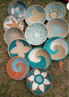 Turquoise/ Green Rwanda Baskets, Wall Baskets, African Crafts, Home Décor African Crafts, Baskets On Wall, Wall Basket, Deco Boheme, Basket Decoration, Home Decor Wall Art, Home Decor Accessories, Basket Weaving, Turquoise
