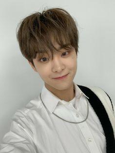 Hyun Suk, Treasure Maps, N Girls, Flower Boys, Yoshi, Boy Groups, Dancer, Idol, Handsome