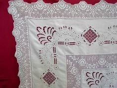 Linen Towels, Napkins, Quilts, Blanket, Towels, Crocheting, Tejidos, Embroidery Ideas, Brogue Shoe
