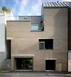 Aldo van Eyck - House & Gallerie Schmela, Dusseldorf, 1967-71
