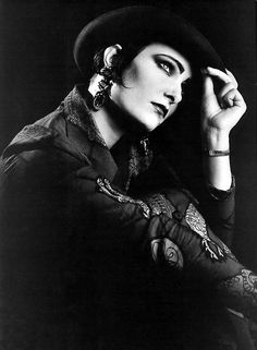 Siouxsie And The Banshees fotos fotos) Siouxsie Sioux, Siouxsie & The Banshees, Women Of Rock, Ice Queen, Dark Queen, Women In Music, Post Punk, Music Icon, Punk Rock