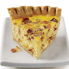 Quiche Lorraine (w/bacon instead of ham) from EveryDay with Rachael Ray. This is my fave quiche recipe, so EASY and delicious, great with a salad. Quiches, Breakfast Time, Breakfast Dishes, Breakfast Recipes, Breakfast Quiche, Breakfast Casserole, Breakfast Ideas, Rachel Ray, Quiche Recipes