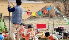 Kia Carnival Minivan cf bts - 송 triplets