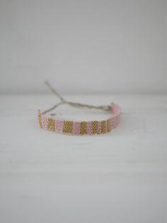 Bracelet LOOM N°66 60,00€ frais de port inclus http://myriambalay.fr