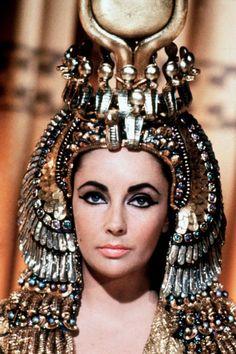 Elizabeth Rosemond Taylor 1963/Cleopatra